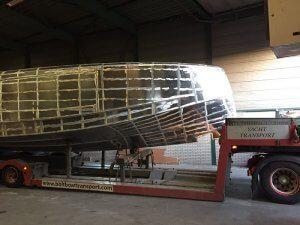vanquish-43-ft-zelf-laden-1
